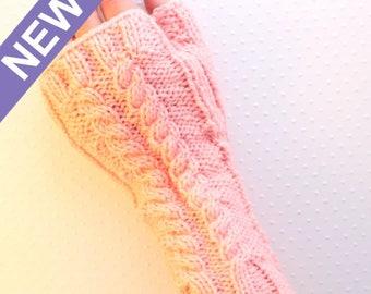 MITAINES à torsades au tricot