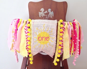 You are my Sunshine High Chair Banner / Girl First Birthday Party Decor / Cake Smash / Summer Theme / Photo Shoot Prop / Pink Yellow