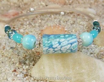 Memory Wire Wrap Bracelet- Handmade Artisan Poured Liquid Acrylic Painting Paper Focal Bead - One Size Fits Most
