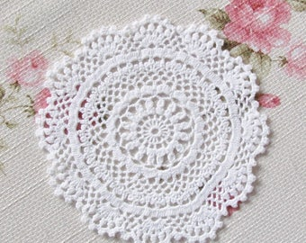 Crocheted lace Doily 14.4cm