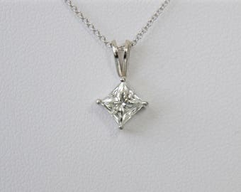 Diamond princess cut pendant in 14k white gold 1.10ct