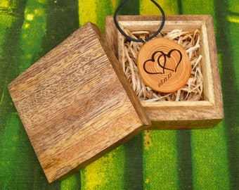 "Soul slices ""Anniversary"" wooden necklace with wooden jewelry box, vintage * Ethno * hippie * vegan * organic * boho"