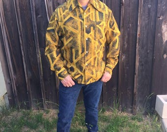 """Large 70's Vintage """"Lancers Of California"""" Polyester Long Sleeve"""