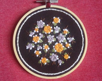 4in. Floral Roses, Leaves, And Floral Blooms Embroidery Art
