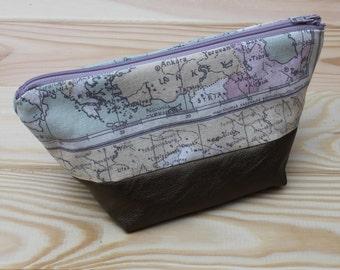 "Necessaire ""Around the world"" with a copper bottom"