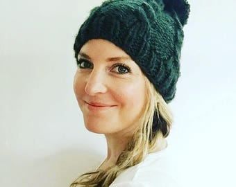 Chunky knit pom hat- forest green