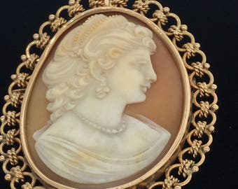 Cameo Handcrafted Pendant & Pin 18K Gold