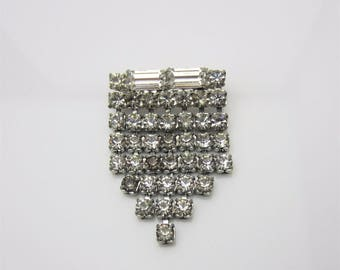 Vintage Costume Jewellery Brooch Pin Clear Rhinestone Cascade Fringe Art Deco Style Claw Set Baguette Stones Silver Tone Metal Circa 1960s
