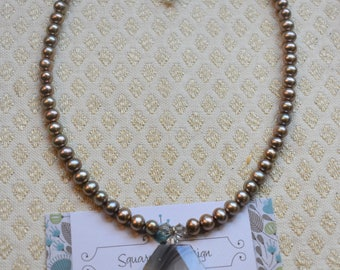 Fresh Water Pearls and Agate Pendant Necklace