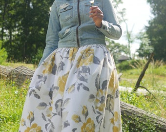 Floral Box pleat Maxi Skirt