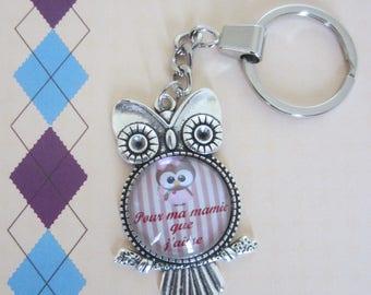 """Gift for Grandma: """"for my grandma I love"""" keychain"""
