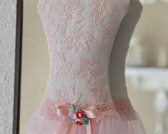 Bust scent Lavender lace and tulle skirt