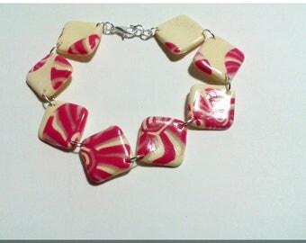 Multi-bracelet vanilla yellow diamond and pink, yellow and bright geometric patterns