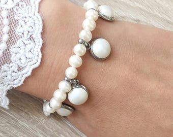 Bracelet with freshwater pearls and Swarovski pearls