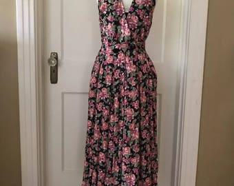 Vintage Floral Black and Pink Jumper Dress