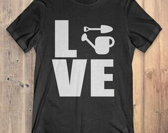 Gardening T-Shirt Gift: Love Gardening
