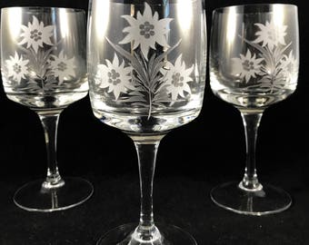 Austrian etched glasses, Etched edelweiss glasses, Vintage crystal wine glasses, Etched water goblet, Vintage stemware, Austrian crystal