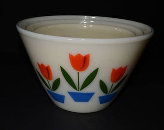 FIRE KING, Tulip, Mixing Bowls, Set of 3, Off-White, Splash Proof, Milk Glass, Vintage Fire King, Anchor Hocking