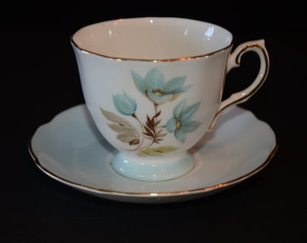Amazing, ROYAL GRAFTON, 'Miranda', Teacup and saucer set, in Blue with floral center, gold rim, Tea Cup, Blue Cups, Bone China Cup