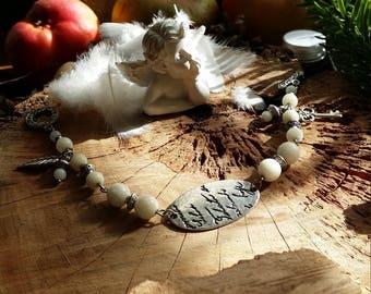 Bracelet en métal argenté et en jade néphrite blanc véritable de AngelS SignS