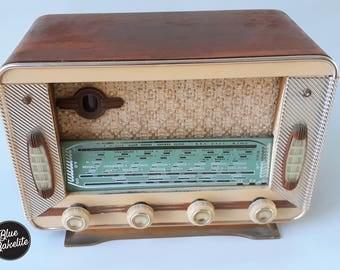 Vintage Bluetooth - Baker climatic 1957 radio