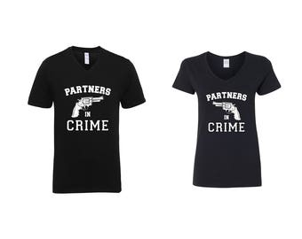 Valentine Gifts Partners in Crime COUPLE Printed Adult V Neck Shirts Unisex VNeck T-Shirts for Men Women Matching Clothes
