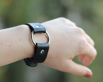Metal o-ring black bracelet, leather cuff, punk wristband, steampunk jewelry, bdsm style, upcycled recycling, gift for her, unusual present
