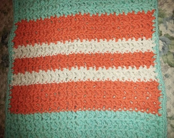 Multi-colored cotton washcloth