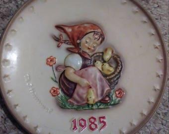 M.J. Hummel plate