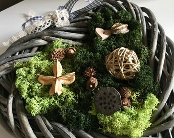 Moss decoration natural wreath