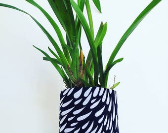 Black with White Droplets Print Fabric Plant Pot | Textile Geofabric Planter | Beautiful Gift for Gardeners | Small Size