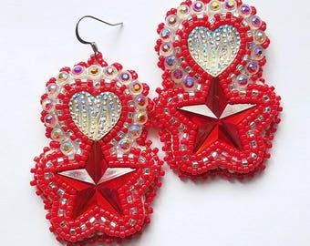 Red Star Beaded Earrings