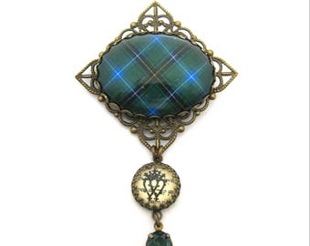 Scottish Tartan Jewelry - Henderson Clan Tartan Square Filigree Brooch w/Luckenbooth Charm and Emerald Green Czech Glass Gem