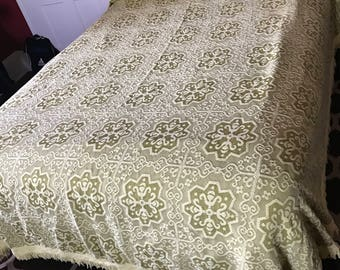 Vintage Woven Cone Mills Avocado Green & Yellow Full Size Bedspread with Fringe