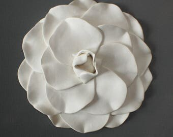 Camellia Flower Wall Sculpture - White Clay Flower Modern Minimalist 3D Wall Hanging Floral Coffee Table Ornament