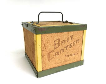 Vintage Oberlin Bait Canteen ~Bait Box, Bait Carrier~ Industrial storage, Vintage Bait & Tackle Man Cave decor