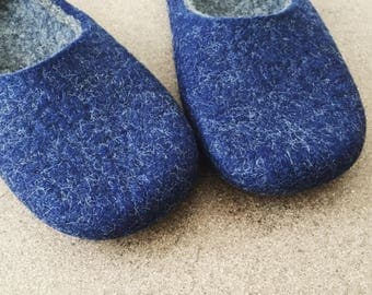 25% OFF/ SALE /Felt slippers / Felted wool slippers/ slippers in women size UK 6,5/ Navy blue / Onstail
