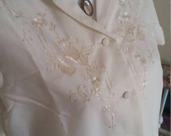 vintage embroidered top, floral blouse, beige 50s top, victorian look, beige embroidered top