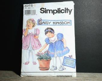 Simplicity 8316 Daisy Kingdom Dress Size 1 1/2 - 2 AA / 1992 Dress Pattern Little Girls Size AA / 1992 Simplicity 8316 Size 1 1/2 to 2