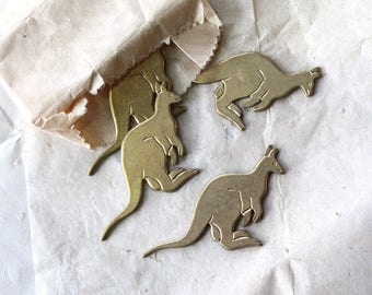 Vintage 1970s Brass Kangaroos // 60s 70s New Old Stock Jewelry Supplies // Brooch