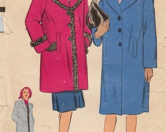Hollywood 1450 / Vintage 1940s Sewing Pattern / Coat  / Size 14 Bust 32
