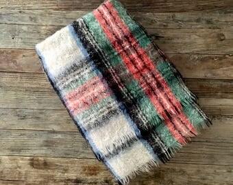 Vintage Dress Stewart Tartan Plaid Wool Mohair Throw Blanket / Red and black cream green Plaid Wool Throw with fringe
