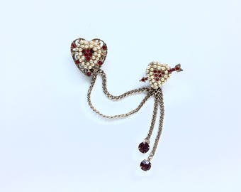 Vintage Double Heart Sweater Lapel Pin