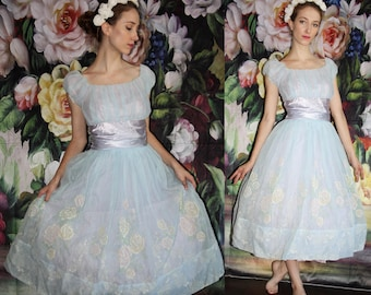 Vintage 1950s Pastel Blue Embroidered Floral Pinup Bombshell Cupcake Prom Wedding Dress - 50s Dresses - WV0426
