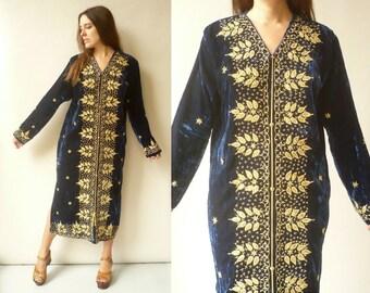 1970's Vintage Blue Velvet Moroccan Embroidered Maxi Kaftan Dress Size Large