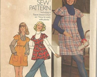 1970s Jumper Tunic Mini Dress  Scoop Neck Ruffle Sleeves How to Sew Simplicity 5796 Uncut FF Size 10 Bust 32 Women's Vintage Sewing Pattern