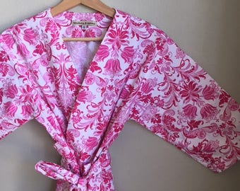 READY TO SHIP Small Pink Kimono Robe. Pink Bridesmaid Robes. Pink Dressing Gown. Everythings Coming Up Pink.
