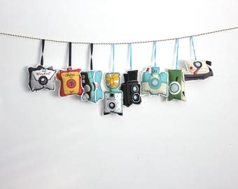 Camera ornaments: Vintage camera ornaments- set of 8- retro cameras