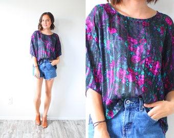 Vintage black floral short sleeve shirt // black floral blouse floral boho summer shirt // floral boho top / boho shirt // black pink floral