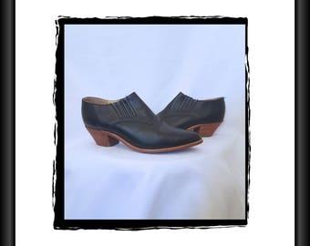 Vintage leather 80s 90s black Dingo ankle boots booties western cowboy 6.5